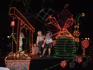 disney-electric-parade-3