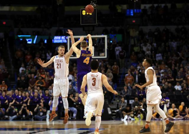 516440754-paul-jesperson-of-the-northern-iowa-panthers-hits-a.jpg.CROP.promo-xlarge2