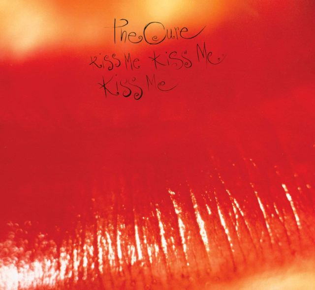The Cure Kiss Me